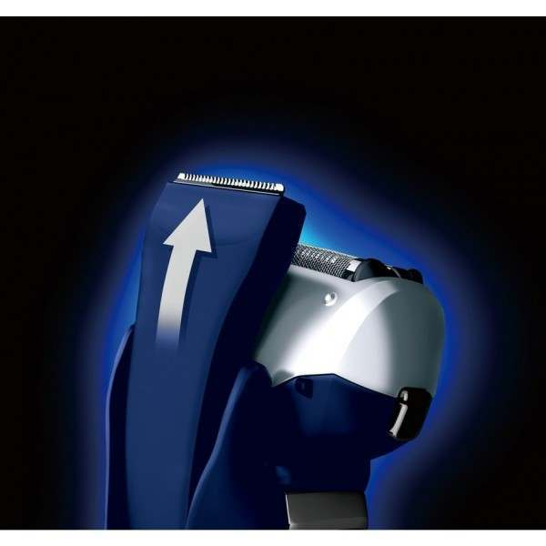 Panasonic ES-RT37 Triple Blade Wet and Dry Shaver